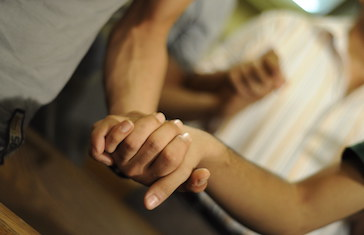 SAT-7 PARENTING SUPPORT GIVES HOPE TO BEREAVED MOTHER